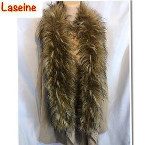 La Seine Women's Sleeveless Vest faux Fur Sweater